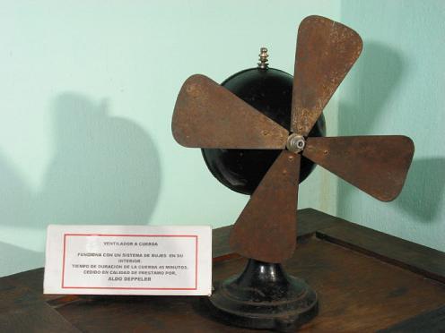Wind-up fan